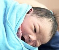 Swaddling increases SIDS risk - international research review