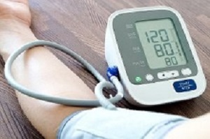 Blue light light exposure decreases blood pressure