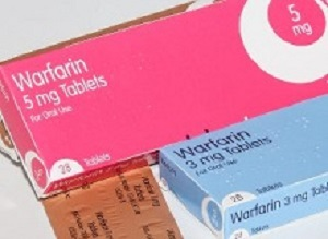 Major bleeding risk with warfarin and aspirin together