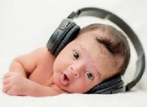 Music enhances high-level cognitive brain networks in premature infants