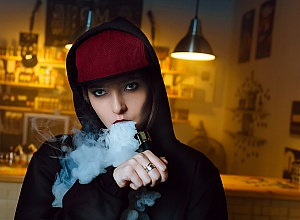 Ban on flavoured vaping may have led teens to cigarettes — Yale study